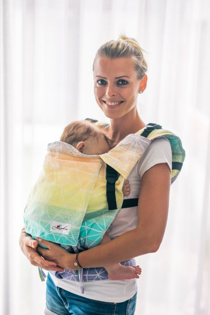 Babytrage Be Lenka 4ever - Spinnennetz - tropicher Saft